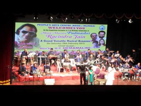 Tu jo mere sur mein-Yesudas Sadhana Sargam stage perfomance 2015