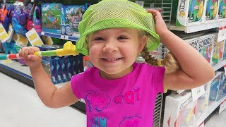 Diana with Mommy doing shopping in a toy store Funny video for kids and toddlers thumbnail