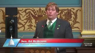 Sen. McBroom addresses the Senate on medical exception to helmet law