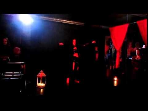 Lilith Melanie Vampyric Bellydance - Tristesse de la lune Poisoned souls