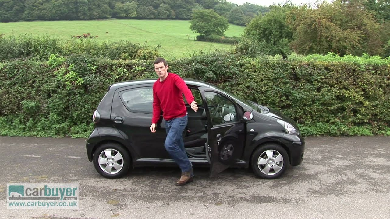 Toyota Aygo hatchback (2005-2014) review - CarBuyer - YouTube