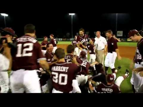 Aggies Dogpile in Tallahassee