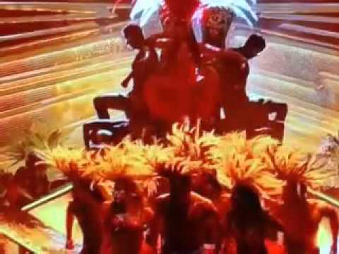 Nicki Minaj Performing Trini Dem Girls