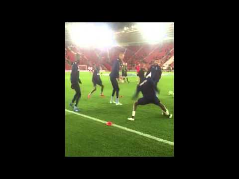 Brede Hangeland GOT NUTMEGGED HUMILIATED pre-match warm up Southampton vs Crystal Palace 1-0 HD