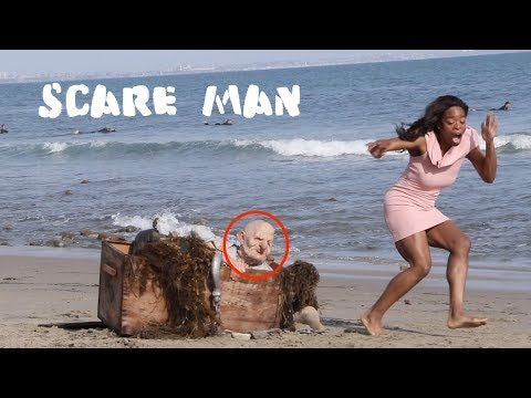 Halloween Scary Man Prank -Julien Magic