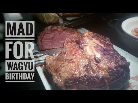 Birthday Weekend VLOG Part 1: Hotel Room Tour & an Epically Meaty 5 Star Buffet