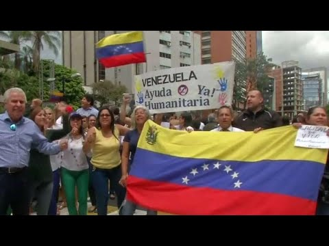 Battle for power intensifies in Venezuela