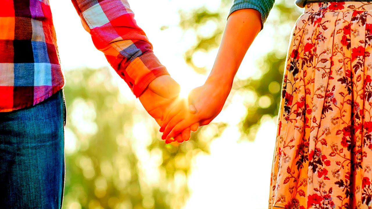 красивые картинки где держаться за руки что