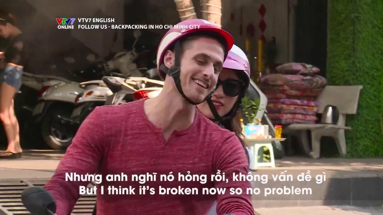 VTV7 | Follow us | Mùa 2 | Backpacking in Ho Chi Minh city | Bánh tráng trộn, hủ tiếu có gì khác?
