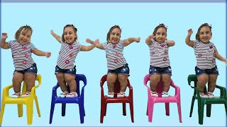Maria Clara foi Clonada - Learn Colors | Five Little Babies Jumping on the Bed