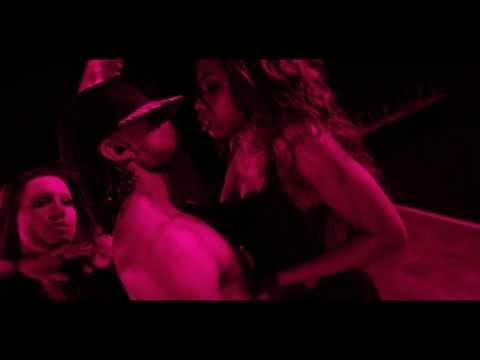 M'y HeyCrew - Rihanna (Skin)