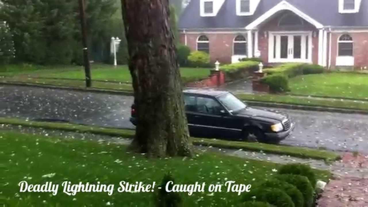 The most terrible lightning strikes, filmed on video