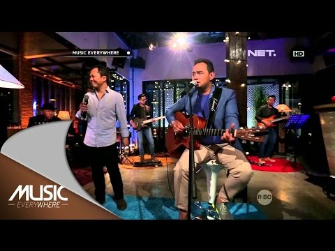 Bebi Romeo Feat Sandhy Sondoro - Wanita - Music Everywhere