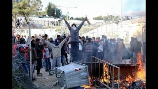 News  Migrants made riots  Greece