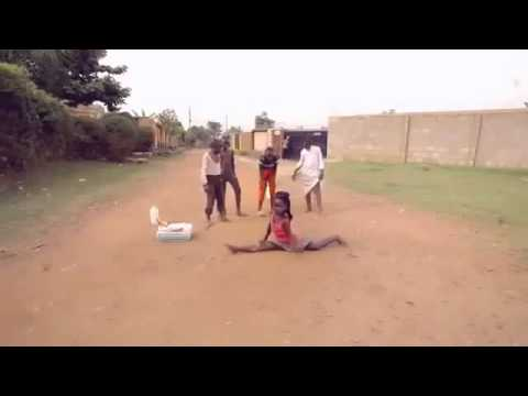 Ghetto boys dancing Sitya Loss, Only in Africa