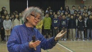 世界的に活躍する指揮者の小澤征爾さん(77)が27日、川崎市立南生...