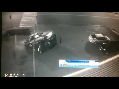 Смотреть всем. Смешная авария в Домодедово возле автосервиса. Купил БМВ и в этот же день убил.