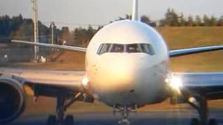 日本航空Sun Ark  JAL B767-346ER[JA610 J] JL708 成田空港B2 東雲の丘!