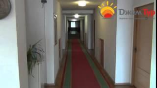 jamtour.org пансионат Колхида  (Гагра, Абхазия) холл 2 этажа(Пансионат «Колхида» построен в живописной парковой зоне города Гагра. От него до Адлера 25 километров, поэто..., 2014-06-18T05:24:40.000Z)