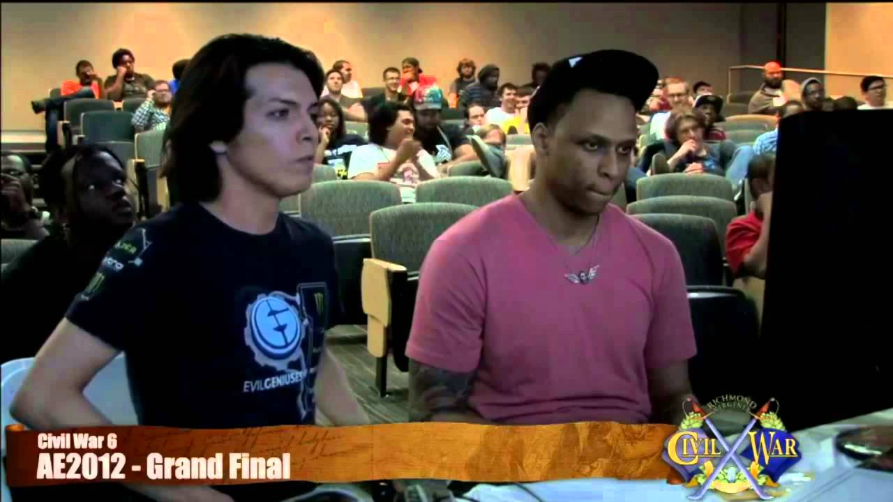 SSF4AE Grand Finals Zeus vs Ricky Ortiz - YouTube