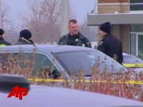 5 Dead in Suburban Chicago Store Shooting