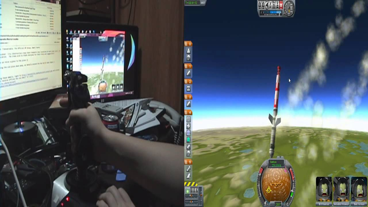 Kerbal Space Program Split screen test - YouTube