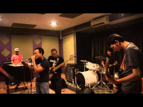 Drama Band - Jiwa (EpiloQMenjalara Cover)