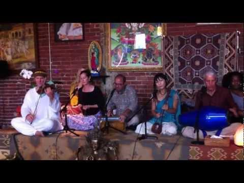 Temple Bhajan Band at Golden Bridge