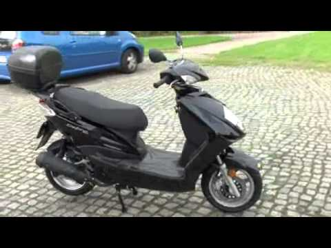 daelim delfino 125 neu roller scholz piaggio berlin youtube. Black Bedroom Furniture Sets. Home Design Ideas