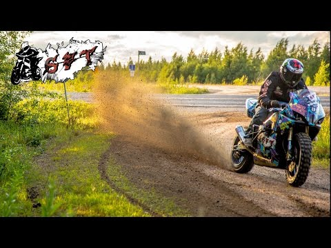 StuntFreaksTeam - Suzuki Gsx-R ON DIRT