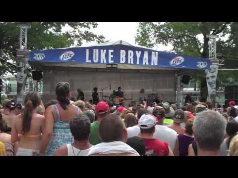 Luke Bryan TV 2010! Indianapolis Ep. 14 Thumbnail image