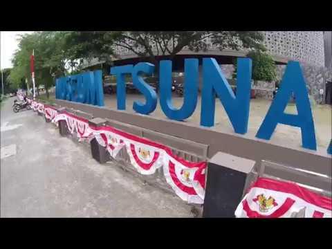 Tsunami Museum, Banda Aceh, Indonesia  (LW88)