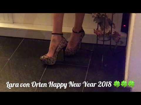 6854afb56 Happy New Year 2018 wünscht euch eure Lara von Orten