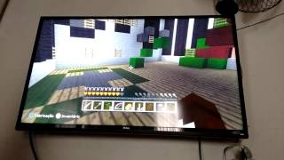 Jogando esconde esconde minecraft(xbox360)