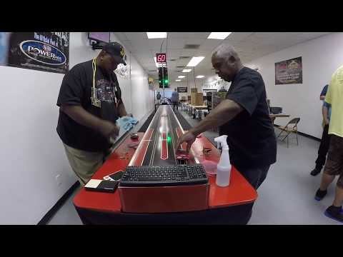 Slot Car Drag Racing (Tippy & Andre)