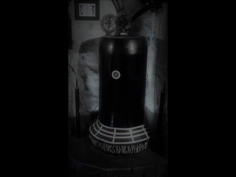 The Bell - Die Glocke