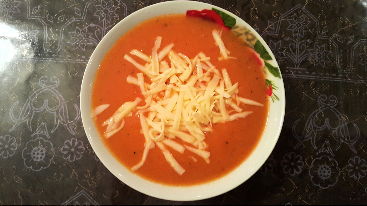 Томатный суп, турецкая кухня \ Domates çorbası