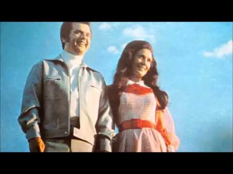 Conway & Loretta -- Lead Me On