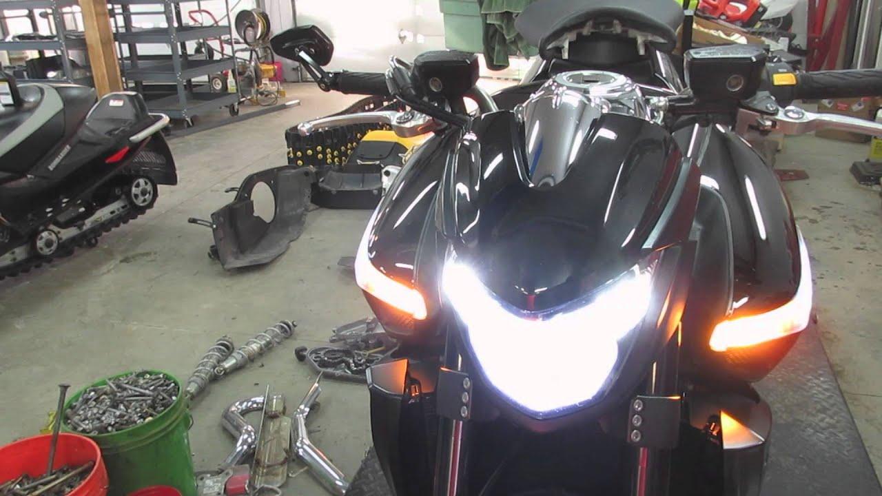 Suzuki V Headlight Bulb