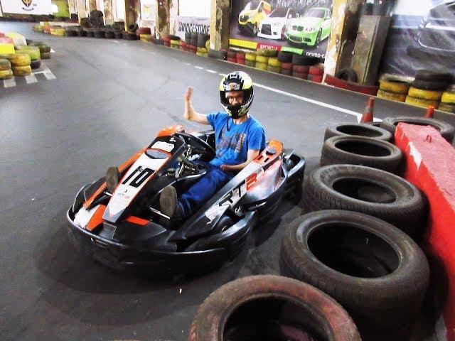 #funnyday 1 - Vairuoji kartingą 2 pirštais, įmanoma? Pažiūrėkite į mano vyrą! / /Vegan Pipiras