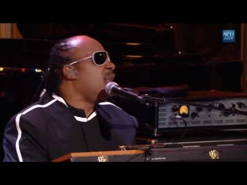 """Stevie Wonder performs """"We Can Work It Out"""" 