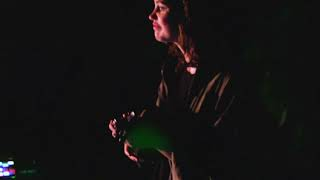 monomono apples in stereo live