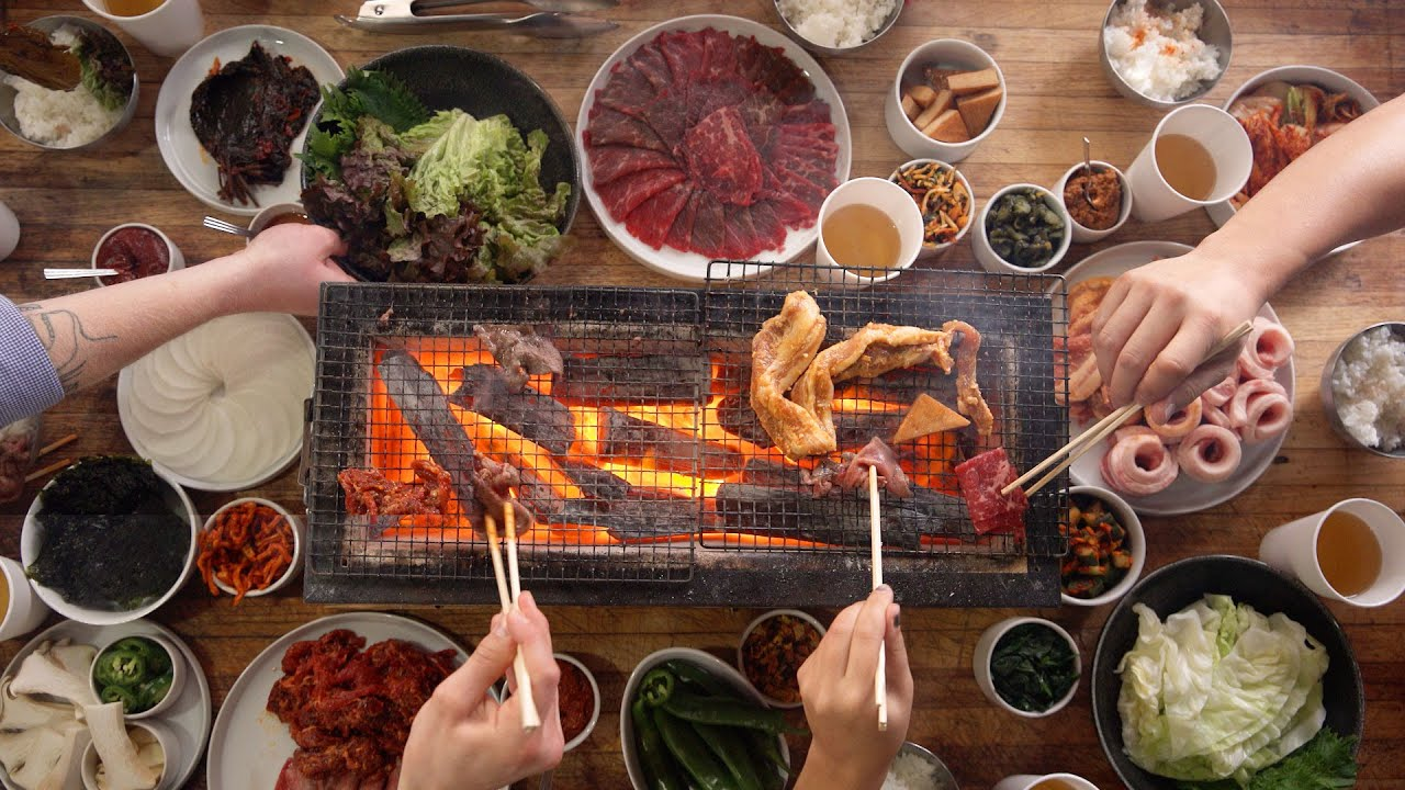 Family meal korean bbq youtube - How to build a korean bbq table ...
