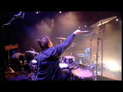 Calvin Harris - I Am Not Alone Live @ I-Tunes Festival London 2009