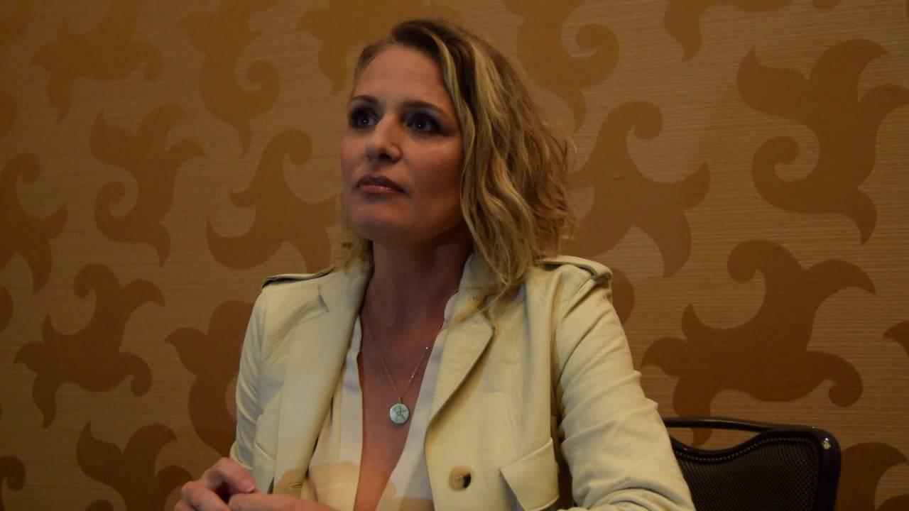 Watch Samantha Smith (actress) video