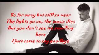 Calum Scott- Dancing on my own (tiesto remix)(lyrics)