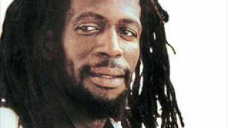 Gregory Isaacs - Dim Your lights (Come on little Girl Riddim)