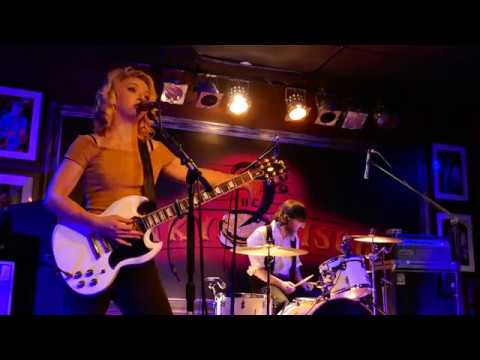Samantha Fish 2017-03-10 Boca Raton, Florida - Funky Biscuit - New Title Track Chills & Fever