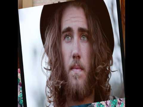 My Top 10 Australian Singers And Singer-Songwriters Of 2015