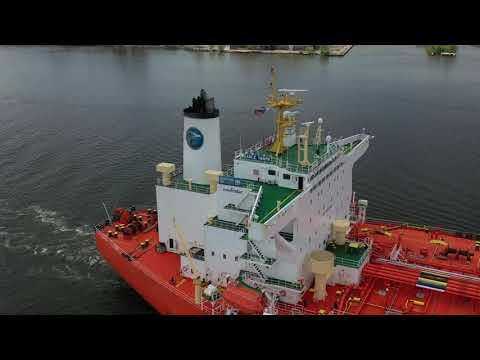 Delaware River Ships